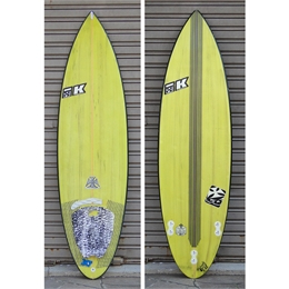 "Prancha Usada Index Krown Midnight Oil 5'8 - 5'8"" x 18 1/2"" x 2 1/4"" - 24,2lts"
