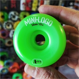 Roda Mini-Logo A-Cut 56mm 101a
